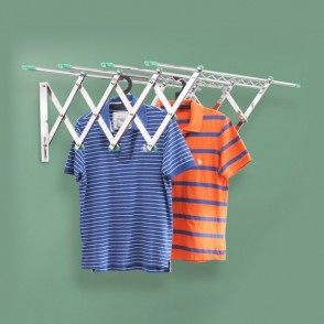 RD 4 - RECTRACTABLE CLOTHES HANGER